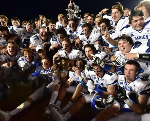 The Darien Wave defeated the Shelton Gaels, 39-7, to win the Class LL state football championship, Saturday, December 12, 2015, at New Britain Stadium at Willowbrook Park in New Britain. (Catherine Avalone/New Haven Register)